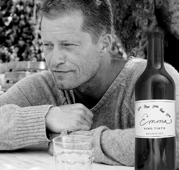 Chateau Til Schweiger Sein Eigener Wein Captain Cork